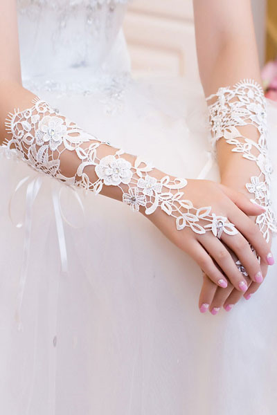 Krajkové svatební rukavice 02-SKLADEM,