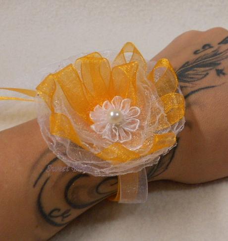Květinový náramek oranžový 04-SKLADEM,