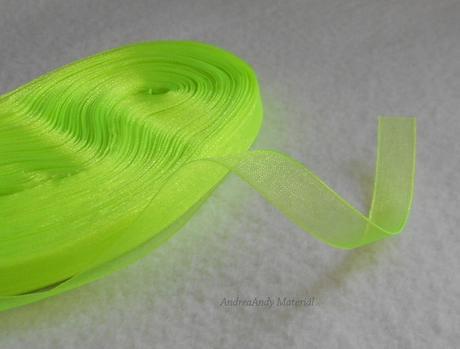 Organzová stuha neon zelená 22,8m-skladem,