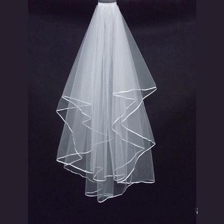 Svatební závoj bílý 09,