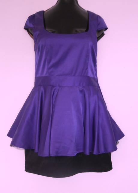 tmavě fialové šaty, 38