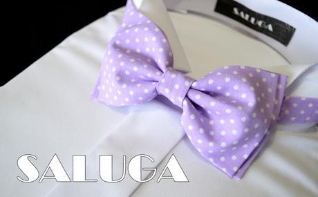 Svetlo fialový bodkovaný motýlik - retro,