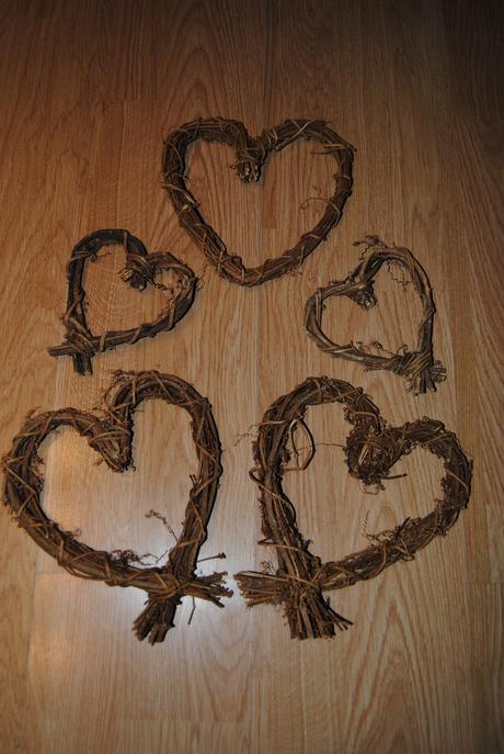 Dřevěná srdce,