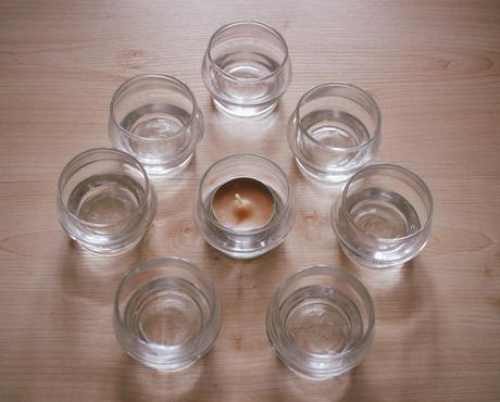 Malé svícny na čajové svíčky,