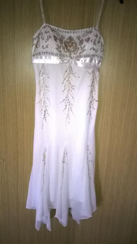 spolecenske(popůlnoční) šaty , 40