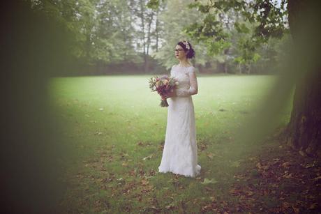 Vintage čipkované svadobné šaty , 38