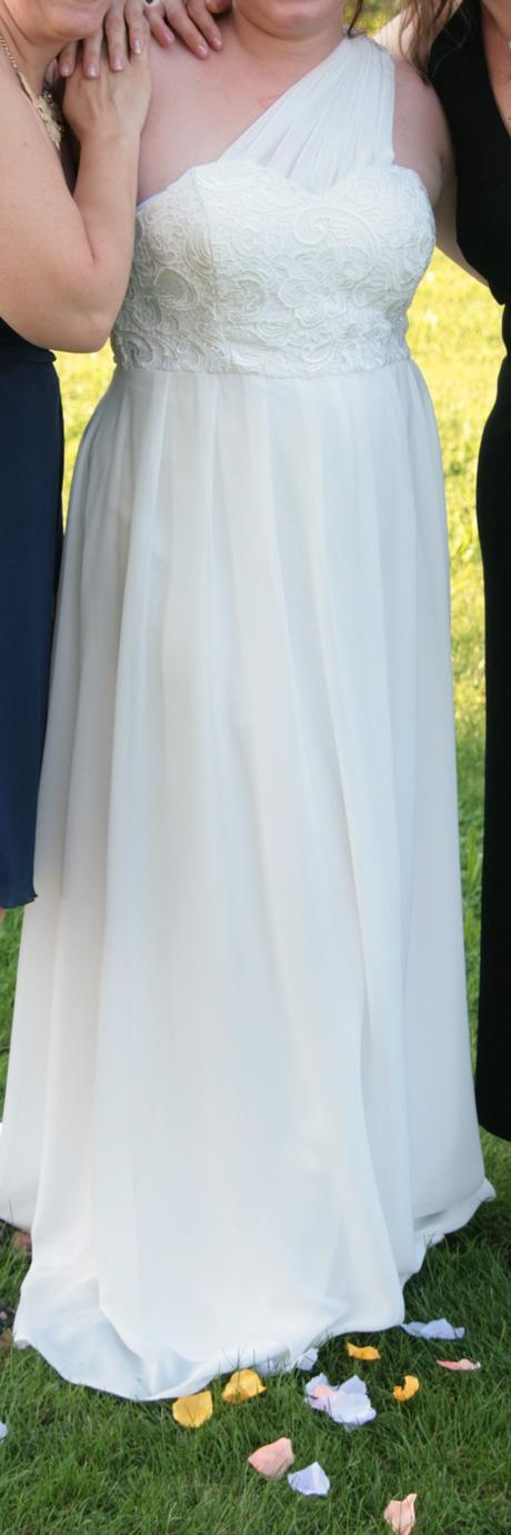 Svatební šaty antického stylu, 42