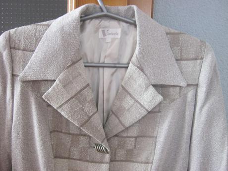 Pekný kostým sako podšité v dobrom stave veľ. 36 , 36