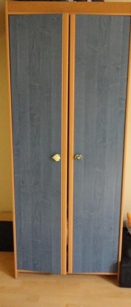 Študentský  nábytok - dve skrine ,