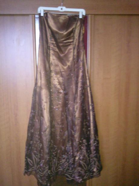 Spoločenske šaty, 44