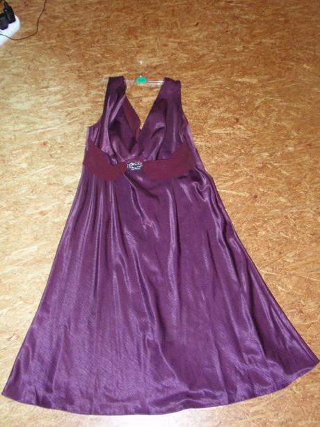 Spoločenske šaty, 48