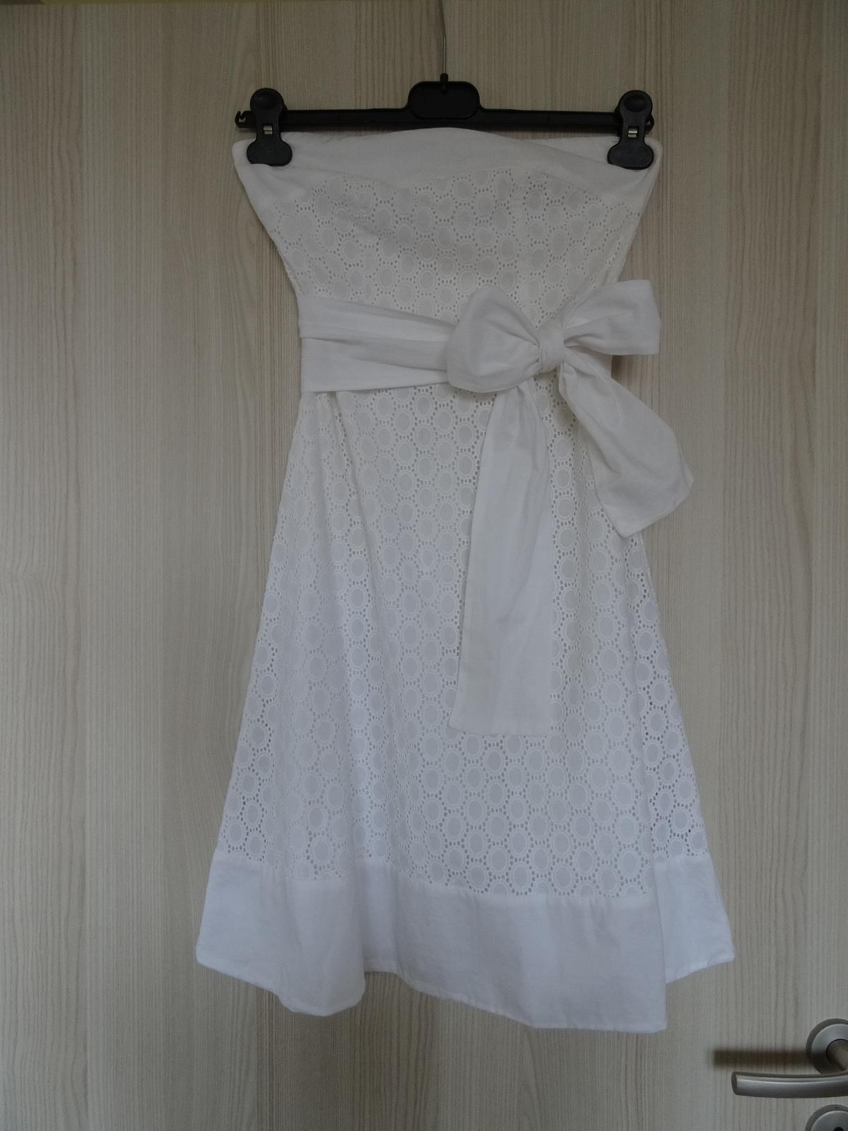 ed30fa762b7 Šaty s uvazovací mašlí