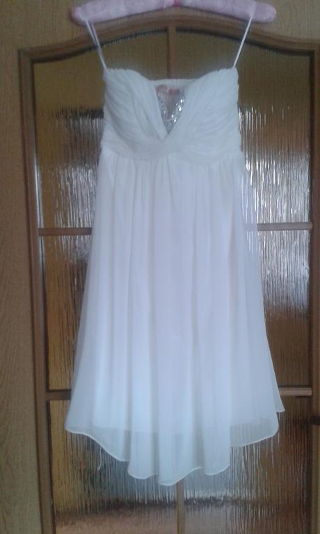 Smotanové šaty, 36