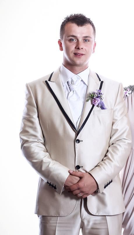 Svadobný oblek , 54