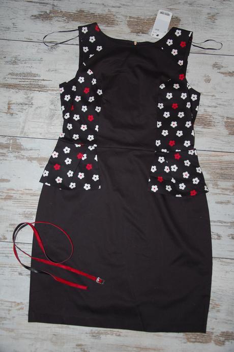 Nenosené peplum šaty s vysačkou - Orsay, XL