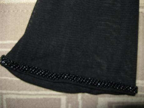 Priesvitny svetrík, XL