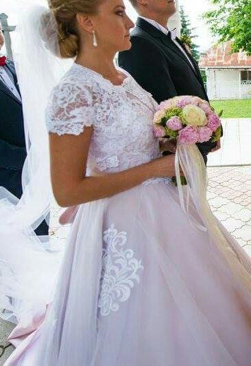 Svadobné šaty 5b8d521a396