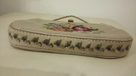 Vintage vysivana kabelka 60-te roky top stav,