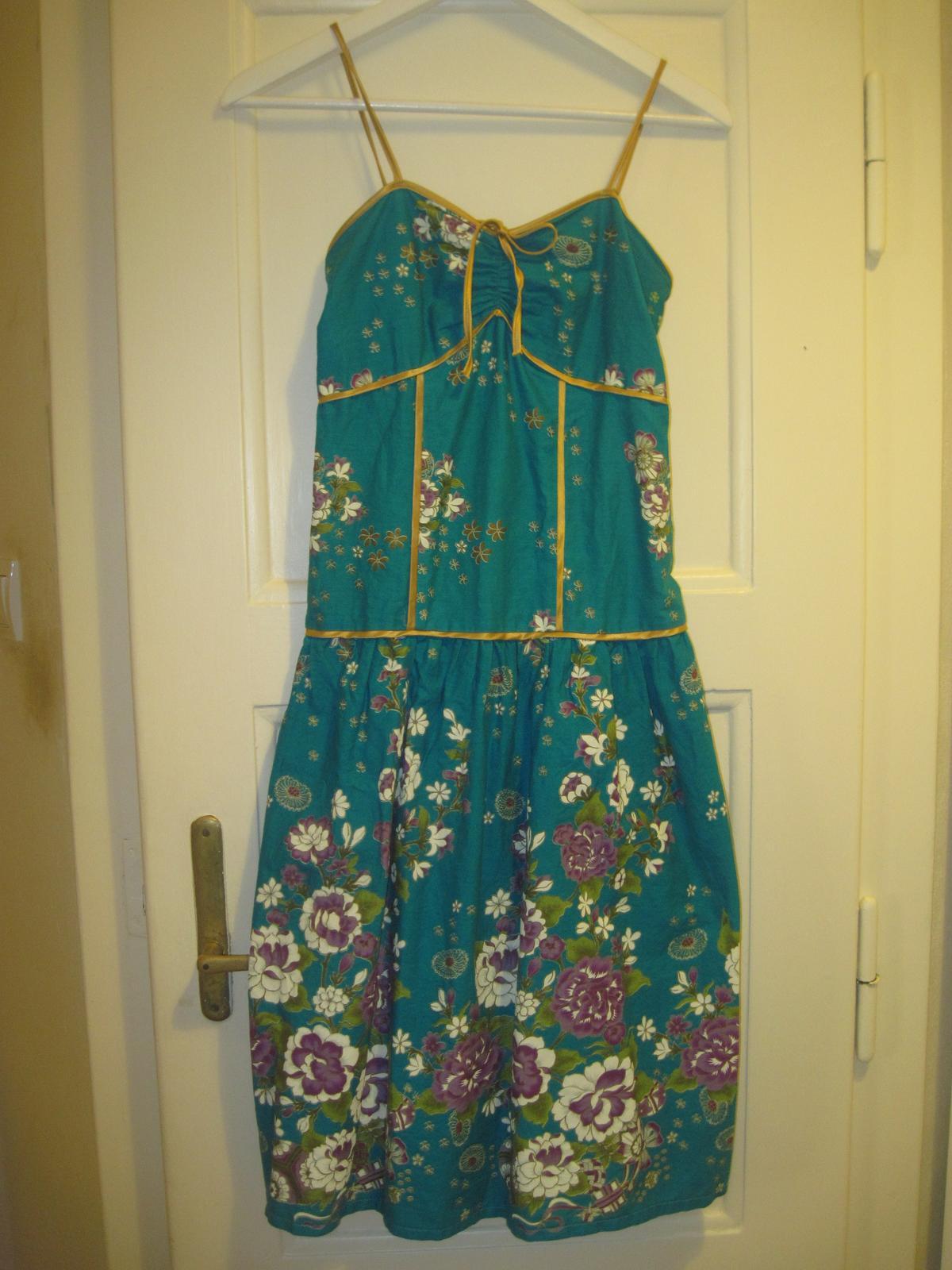 956e6118dfc Tyrkysové šaty pro svědkyně   družičky aj.