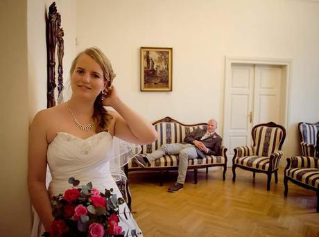 Zdobené svatební šaty, 36