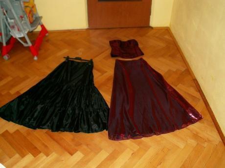 Bordó šaty, 38