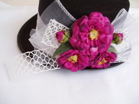 cylindr-fialové květy,