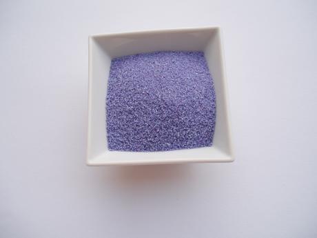 dekorační písek-lila,