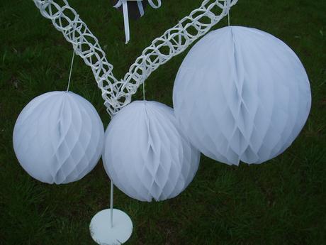 honeycomb-bílý 35cm,