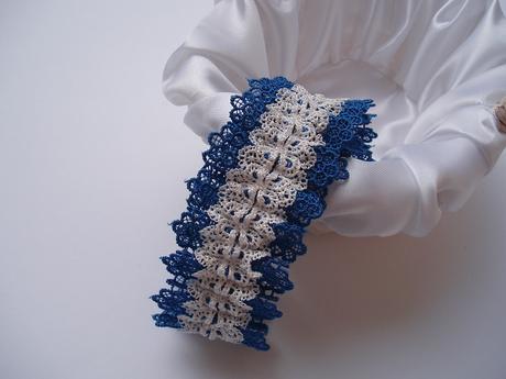 květinový podvazek modrý, 36