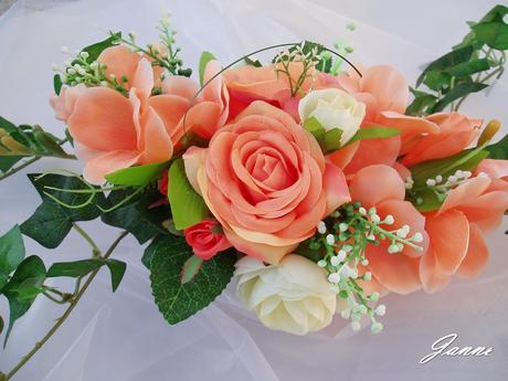 květiny v porcelánu,