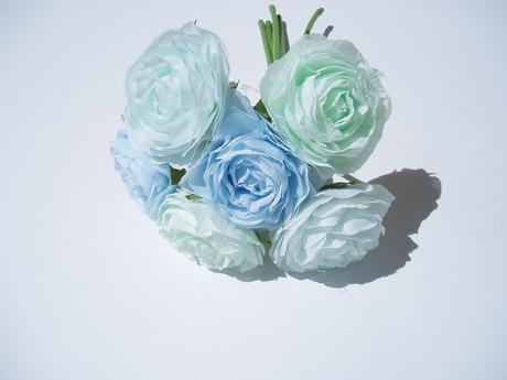 kytice růží-modrá,