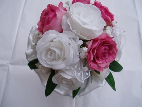 kytička bílo-růžová,