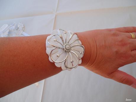kytička na ruku-stříbrná,