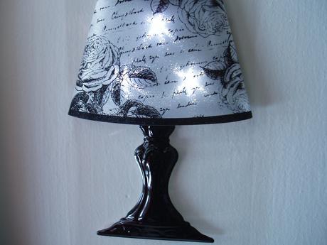 lampička-samolepka,
