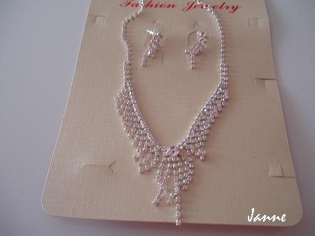 náhrdelník+náušnice,