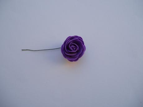 pěnová růže-fialová 4 cm,