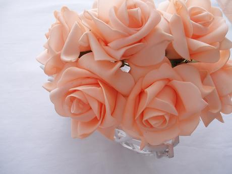 pěnová růže-meruňková,