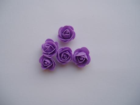 pěnová růžička lila,