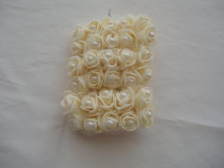 pěnové růžičky-smetanové s perličkou,