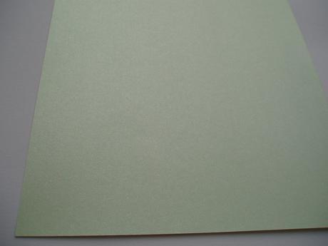 perleťový karton A 4,