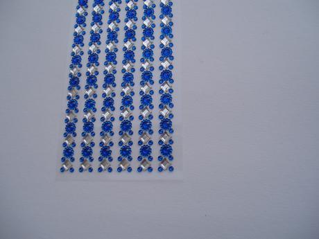 samolepící modré kamínky,