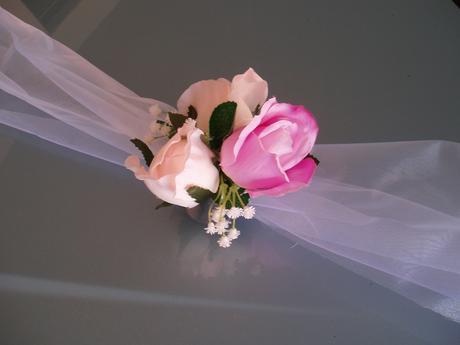 šerpa s růžemi,