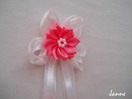 vývazek s kytičkou-růžová pink,