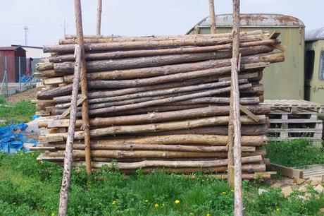 drevene stojky,