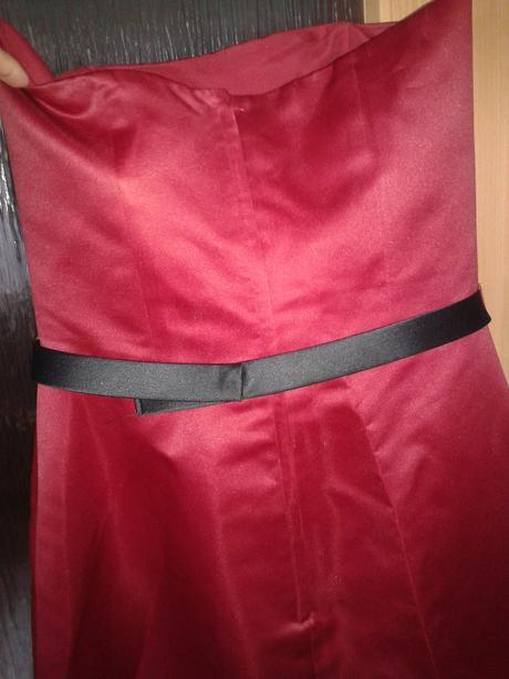Dlouhé korzetové šaty, 42