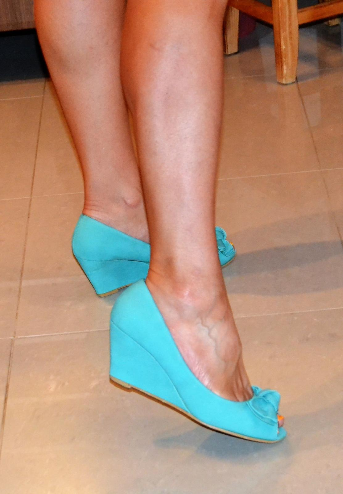 c80ab6e9ce4f2 Tyrkysové topánky s otvorenou špicou, 38 - 5 € | Svadobný bazár ...