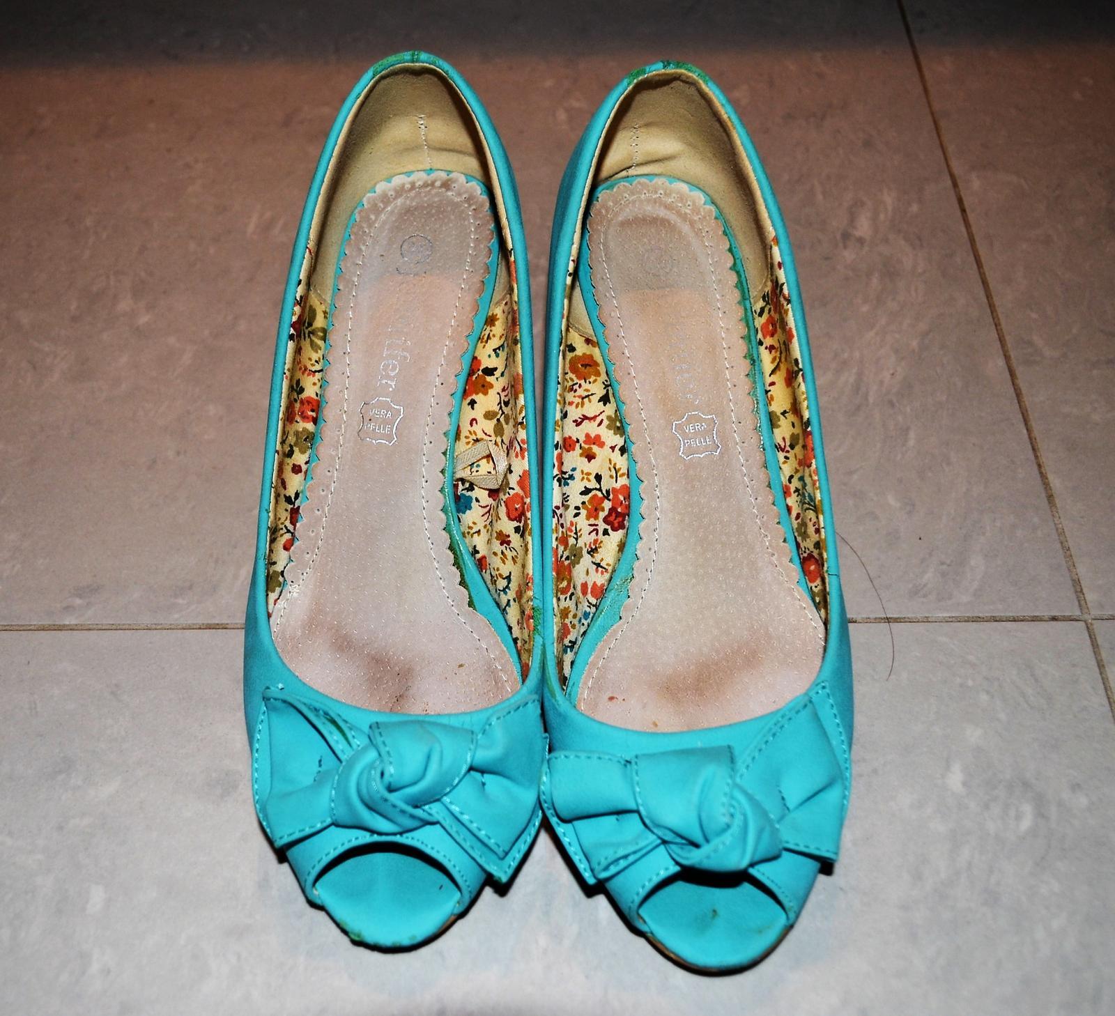 92b2ca8068210 Tyrkysové topánky s otvorenou špicou, 38 - 5 € | Svadobný bazár |  Mojasvadba.sk