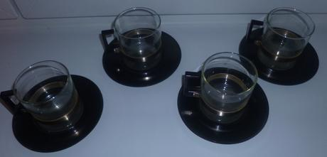 Súprava na čaj alebo kávu z varného skla,