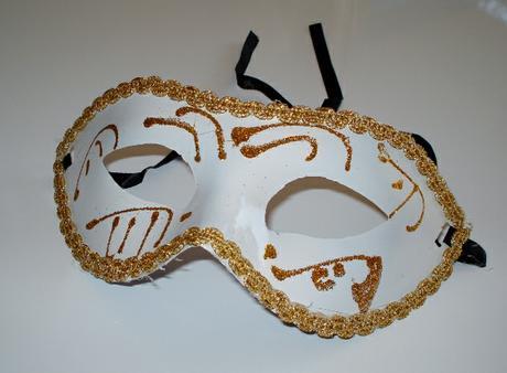 Masky, šrabošky  na párty, fotenie. ,