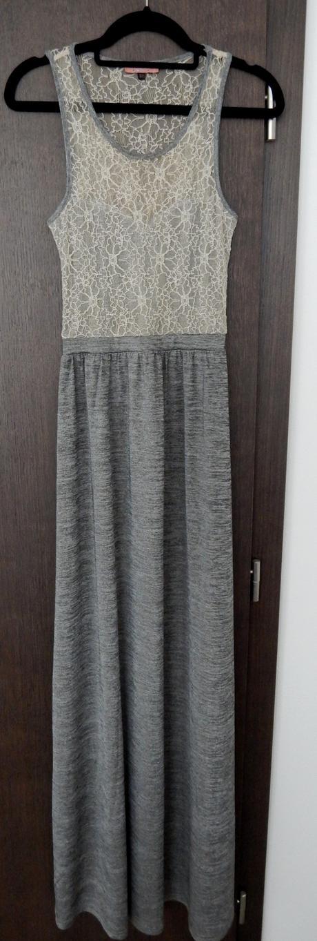 Dlhé šaty, S
